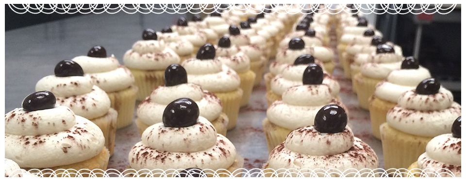 lace-cupcakes-03